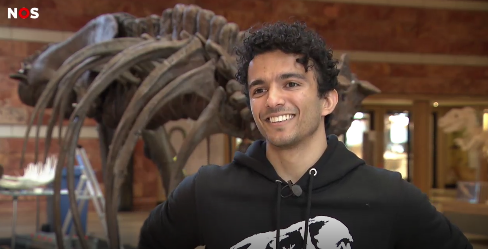 Pasha bouwt T-Rex in 3D
